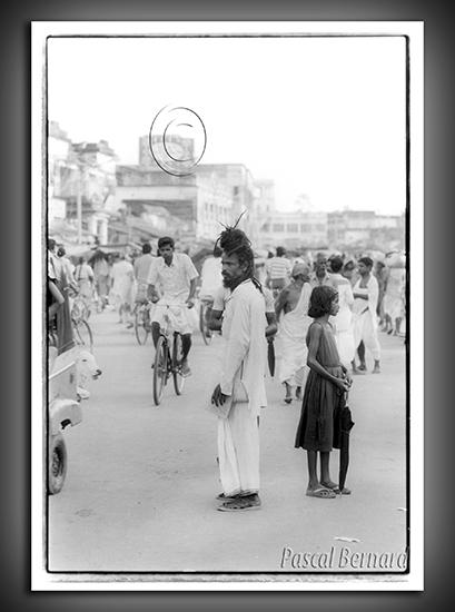 1986E inde 008