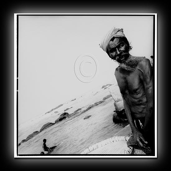 2010 inde 043